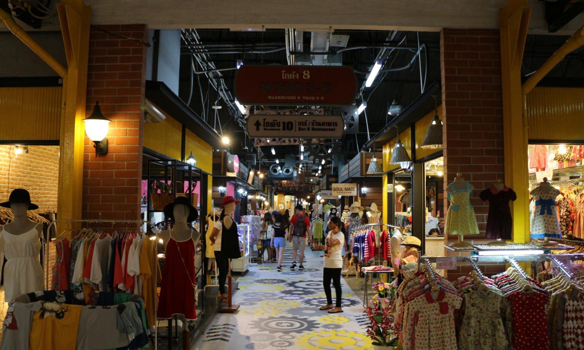 Asiatique_shops - Credits Morgan Kao