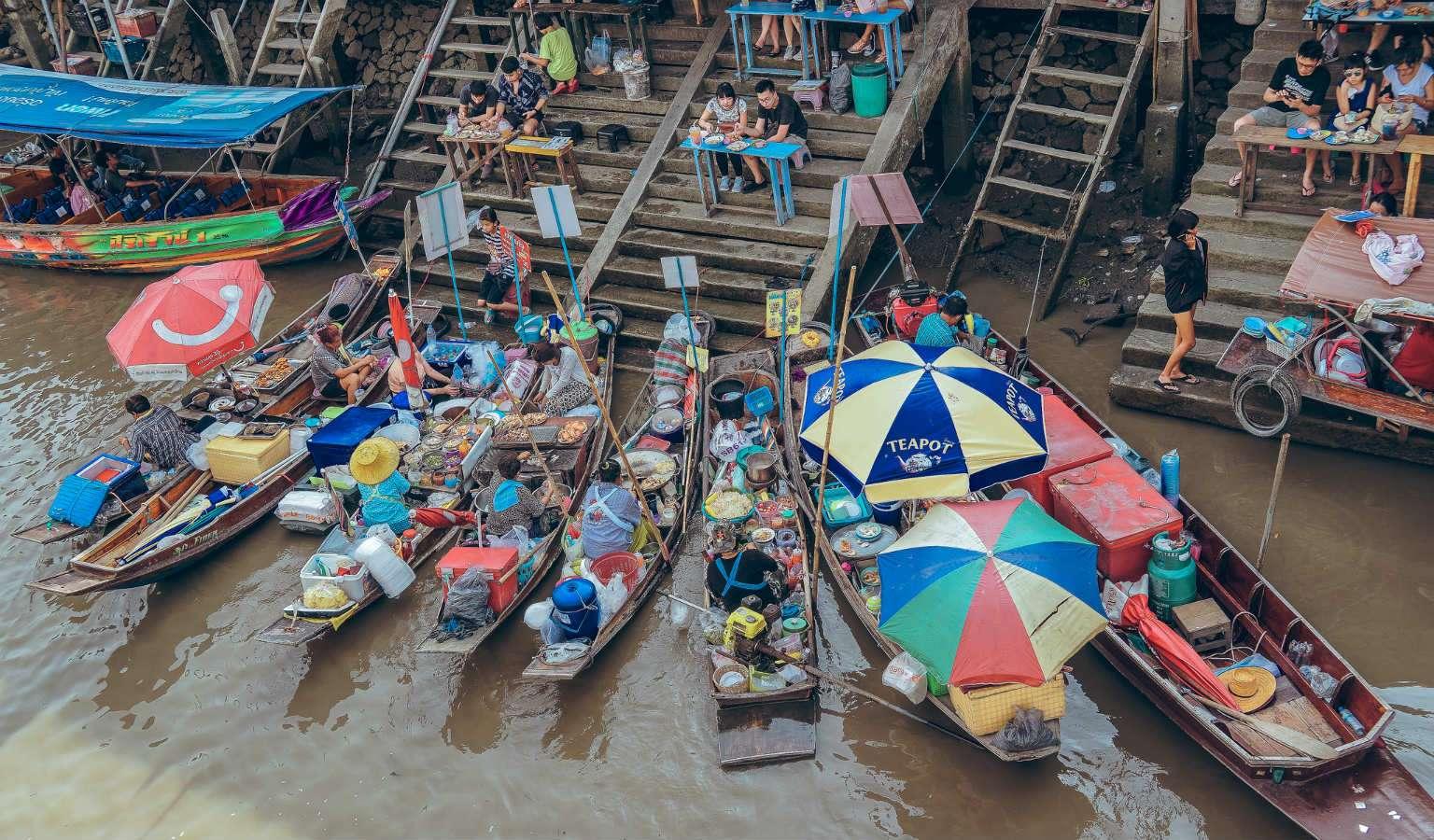 Amphawa Floating Market3 C Hiller_1536x900