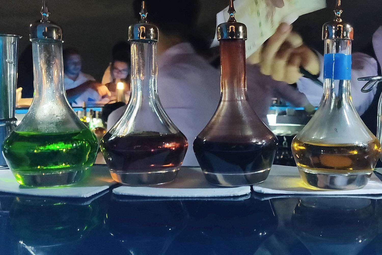 Geheime ingrediënten voor de cocktails bij Sirocco @ Lebua in Bangkok