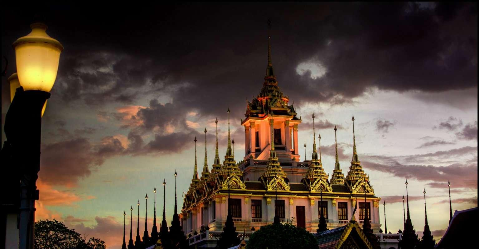 Loha Prasat tempel in Bangkok, Thailand