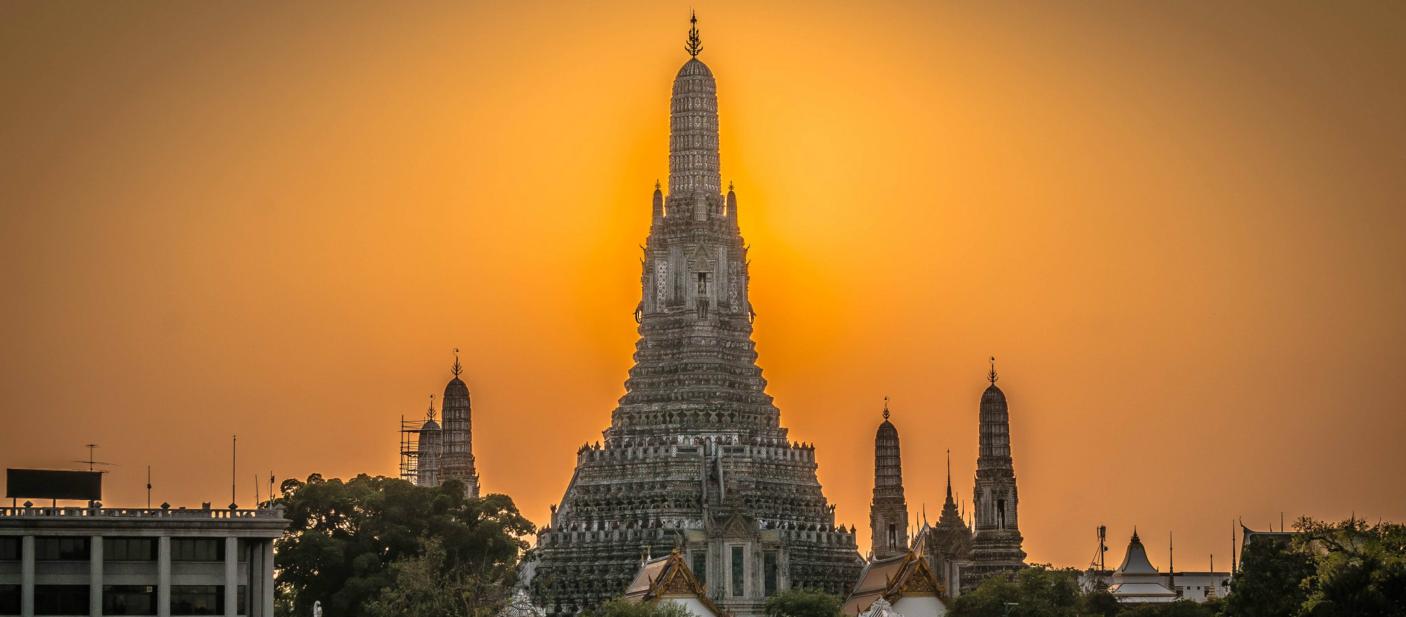 Wat Arun at dawn