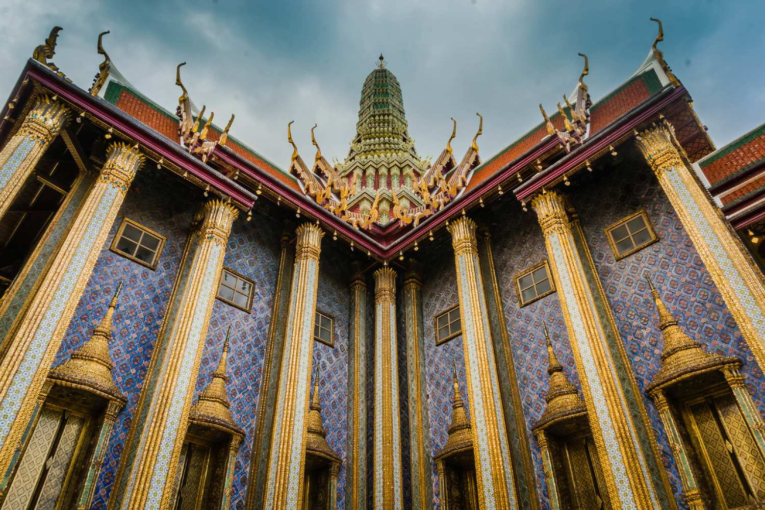 The Wat Phra Kaew photographed from below