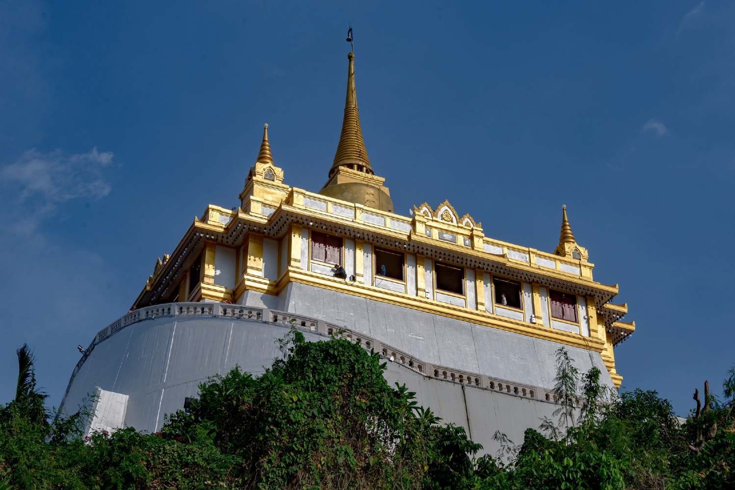 The Wat Saket seen from below