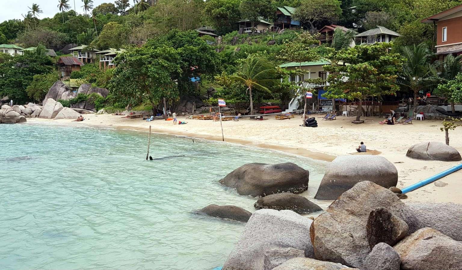 Taa Toh Yai Beach rotsen op het strand, Ko Tao