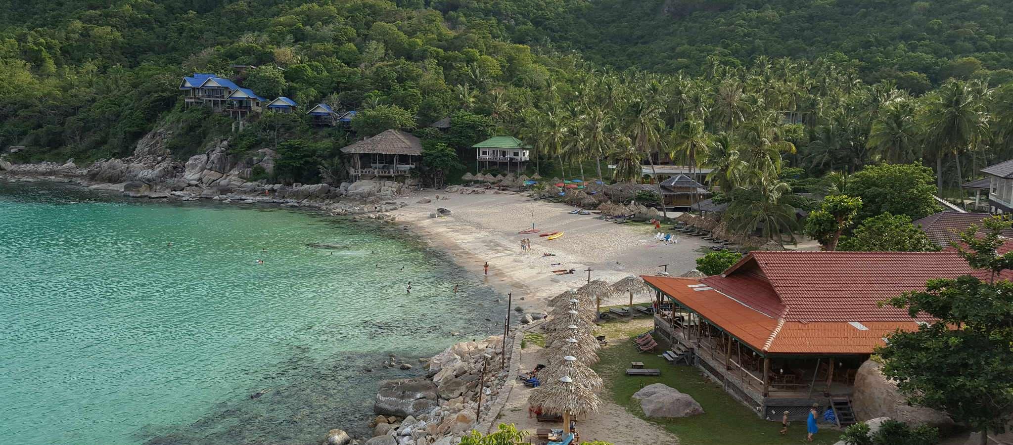 De baai van Aow Leuk op Koh Tao