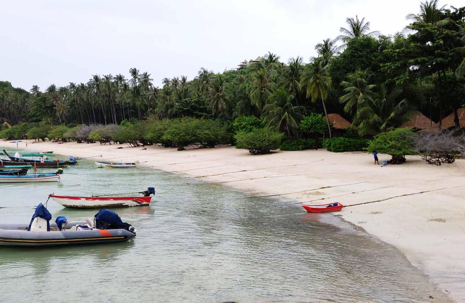 De baai van Shark Bay (Thian Og Bay) op Koh Tao, Thailand