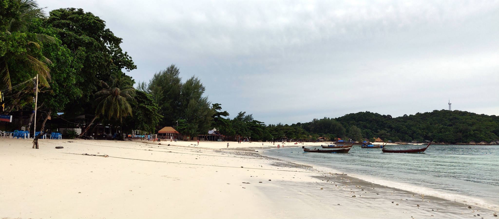 The long beach of Pattaya Beach in Koh Lipe, Thailand