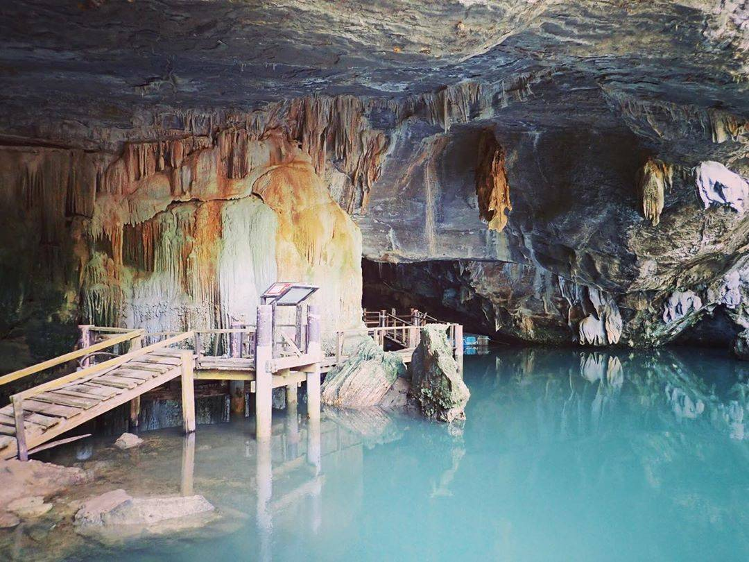 De Crocodile Cave op Koh Tarutao