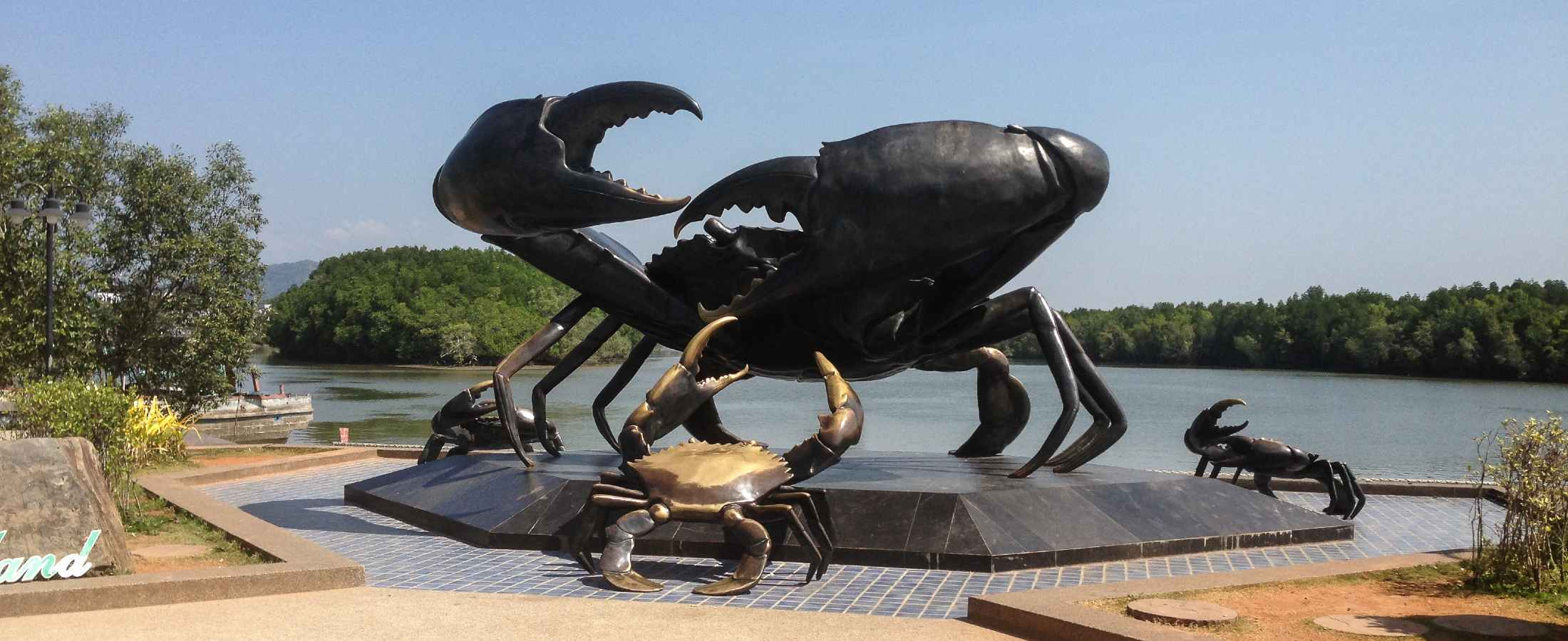 De Mud Crab sculptuur in Krabi Town