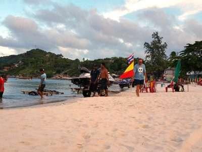 Strand Van Haad Rin Nok Sunrise Beach In Koh Phangan, Thailand