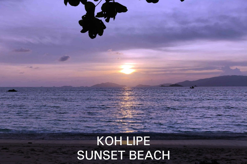 Sunset Beach Op Koh Lipe In Thailand
