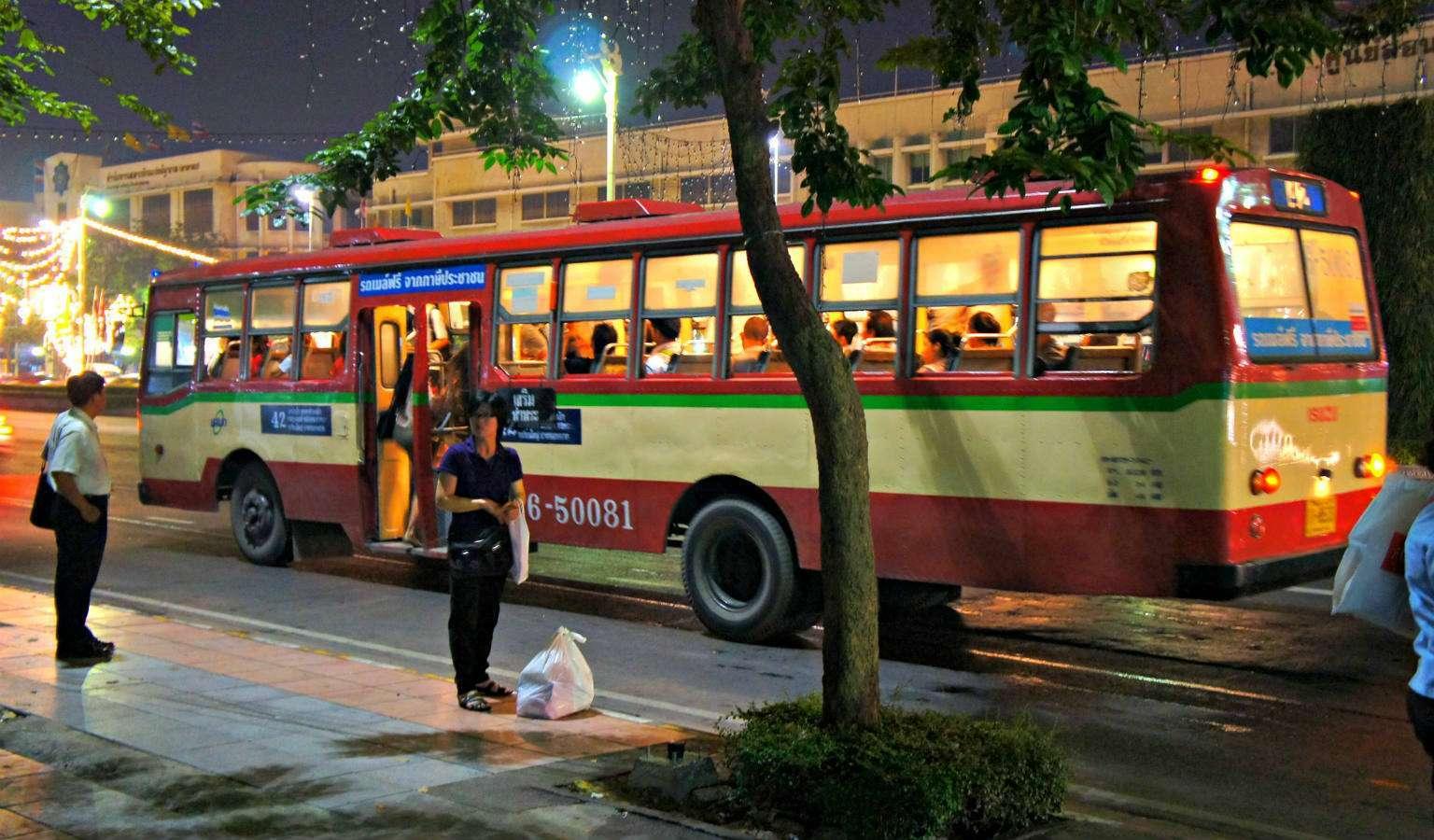 Bushalte nabij Khao San Road, Bangkok
