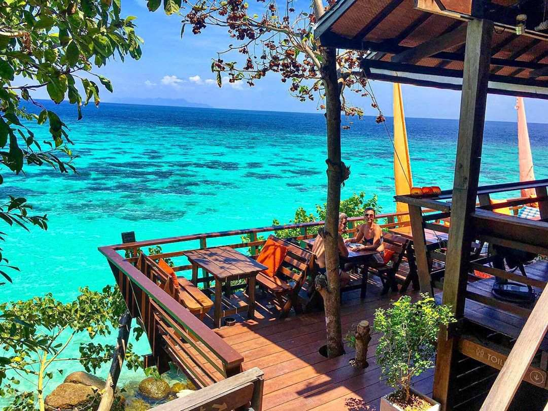 On The Rocks Restaurant (een van de Beste restaurants op Koh Lipe)
