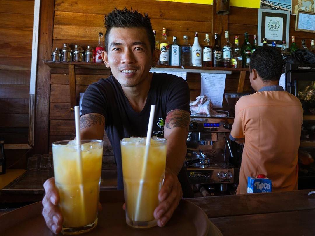 Refreshing drinks at On The Rocks Restaurant (one of the Best restaurants on Koh Lipe)