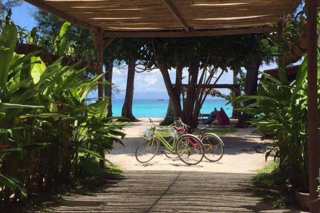 Free bicycles on loan at the Wapi Resort (one of the Best hotels on Koh Lipe)