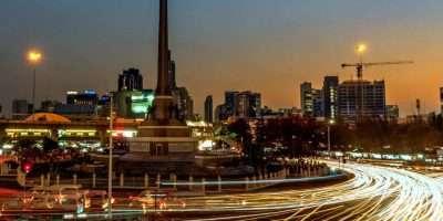 Lees Hier Alles Over Het Victory Monument, De Omgeving En Boat Noodles In Bangkok, Thailand.