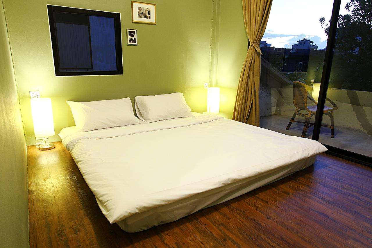 The double room of the Lord Hostel near Khao San Road