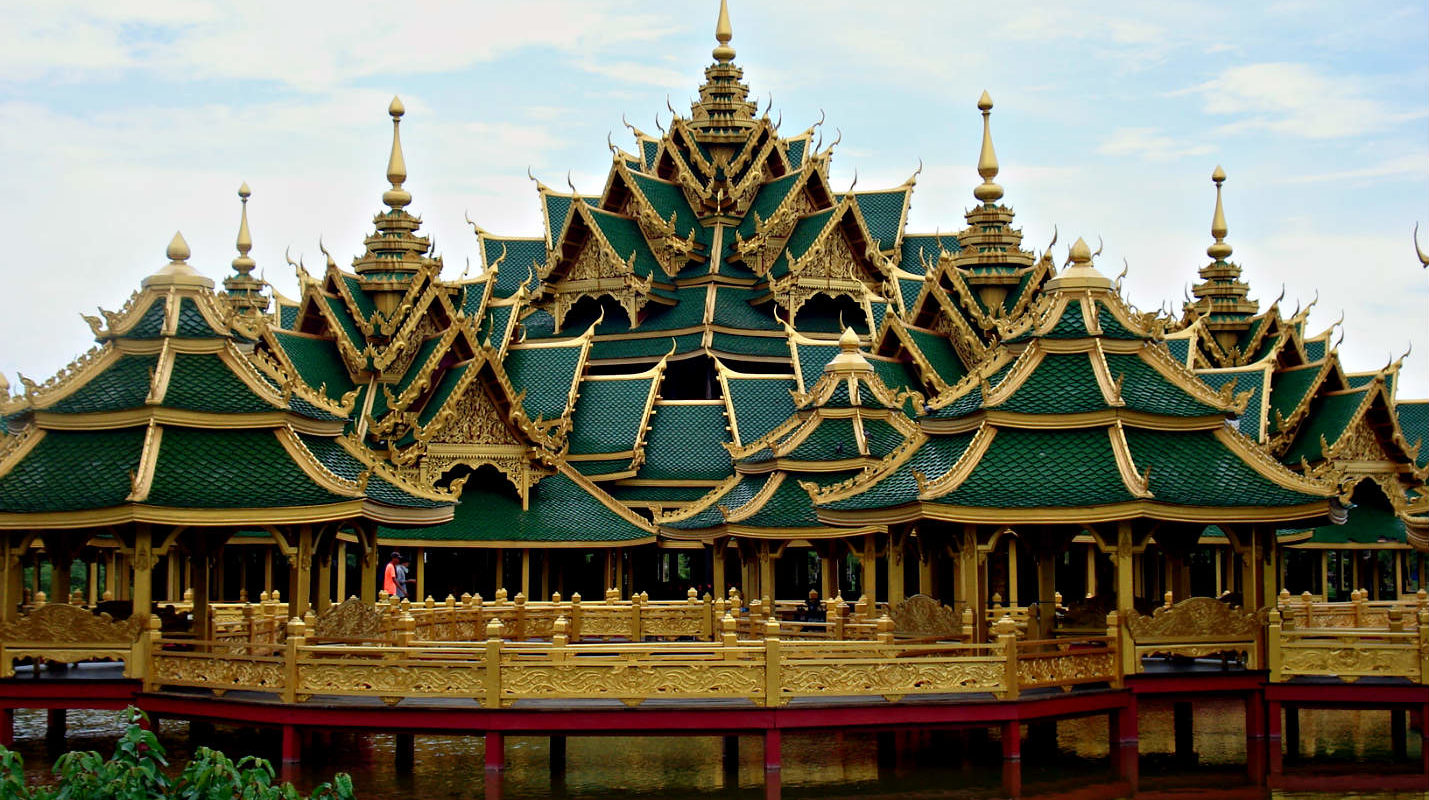 Tempel tot in detail nagebouwd in Ancient City, Bangkok, Thailand