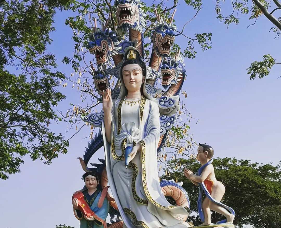 Grote beelden die van betekenis zijn voor de Thaise cultuur in Ancient City Bangkok, Thailand