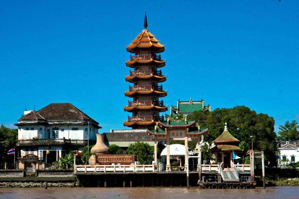 Che Chin Khor Temple (Pagoda) of eight floors high on the Chao Phraya River