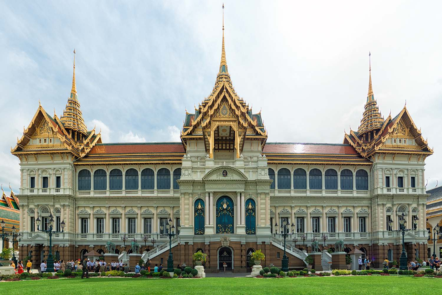 De Great Chakri Palace on the grounds of the Grand Palace Bangkok, Thailand