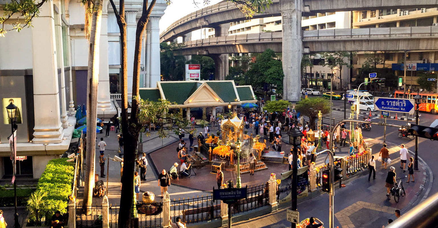 Siam Square, centrum Bangkok, Erawan Shrine Tempel