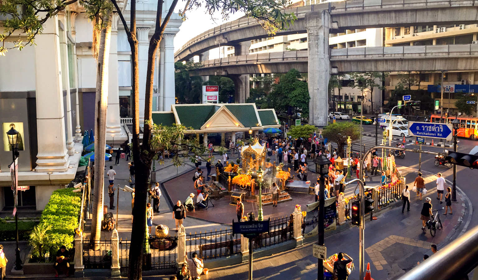 Siam Square One Shopping-mall In Bangkok Editorial Photo