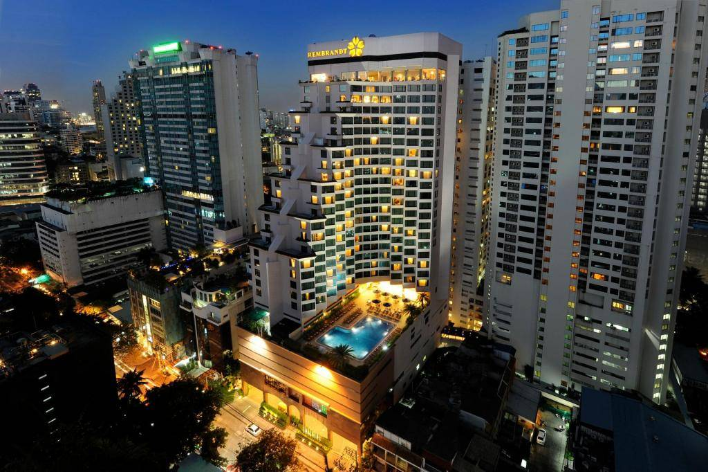 The 1826 Roof Top Bar of the Rembrandt Hotel Suites and Towers in Asok, Bangkok