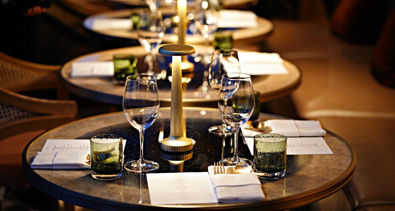 Gedekte tafel in Mahahakhon Sky Bar