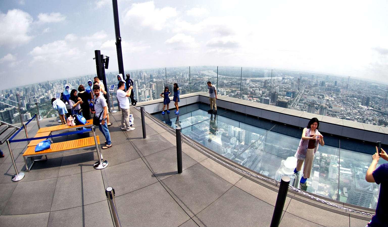 SkyWalk Mahanakhon Bangkok