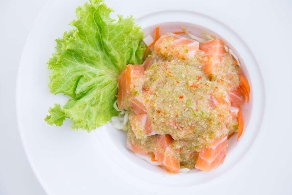Eten bij At-Mosphere Rooftop Cafe in Bangkok