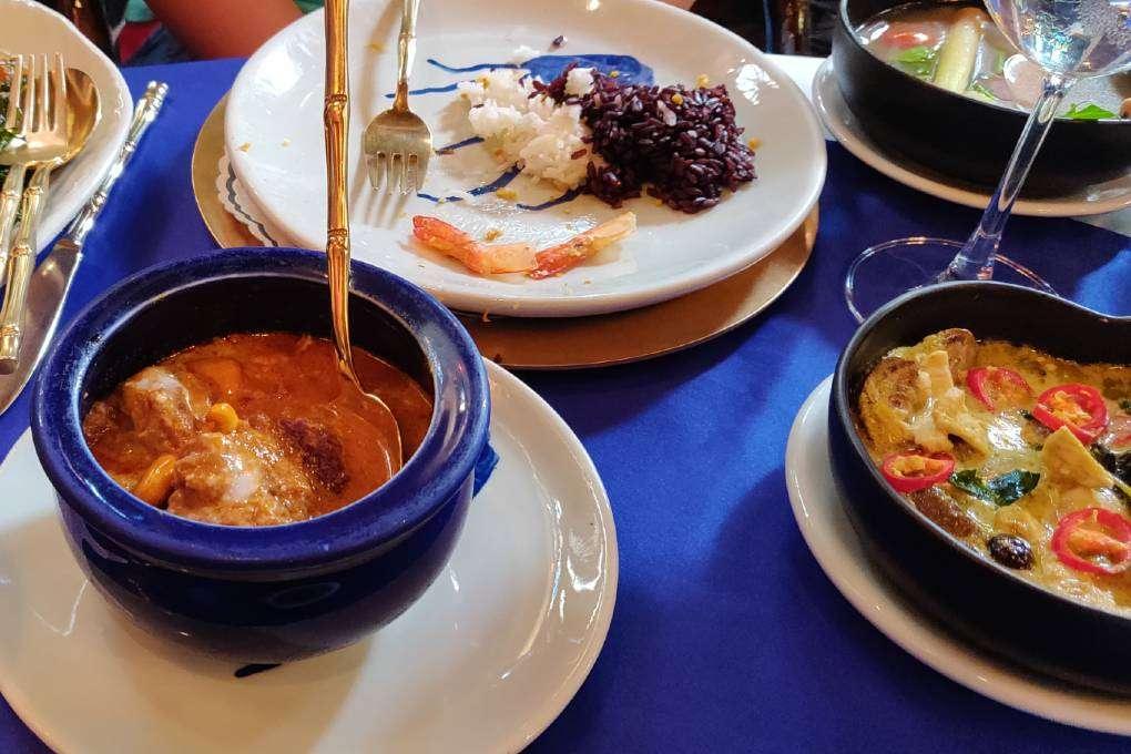 Heerlijke gerechten bij Blue Elephant Restaurant in Bangkok