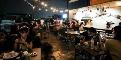 Dakterras Van At-Mosphere Rooftop Cafe In Bangko.k, Thailand
