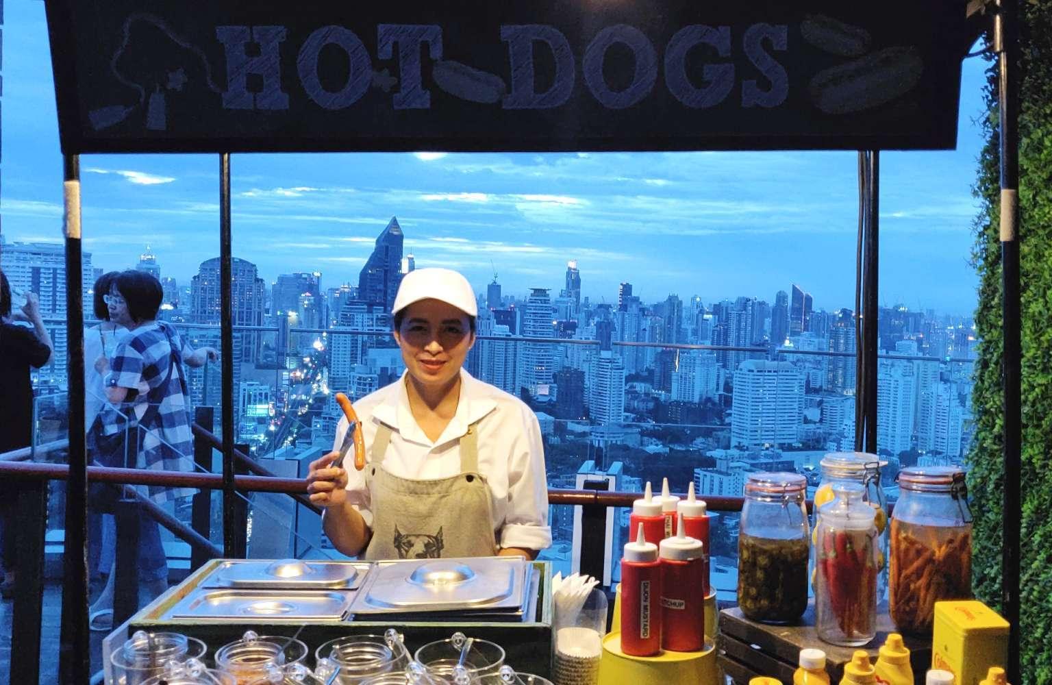 Hotdog salesgirl at Octave