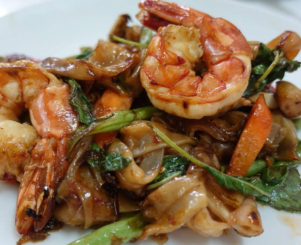Drunken Noodles by Raan Jay Fai known from Netflix and the Michelin star