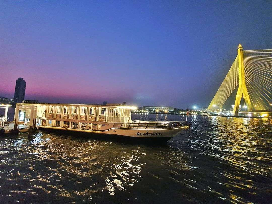 Khin Lom Chom Saphan's dinner cruise boat on the Chao Phraya River in Old Town Bangkok.