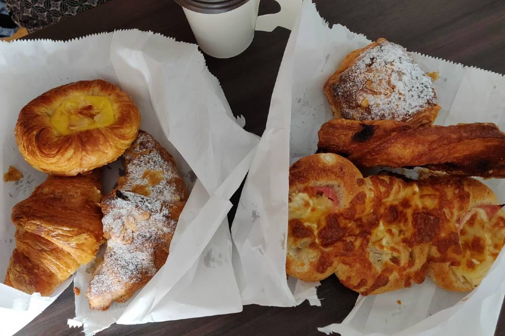 Tasty baked goods from Konnichipan Bakery in Bangkok's Old Town in your hotel room.