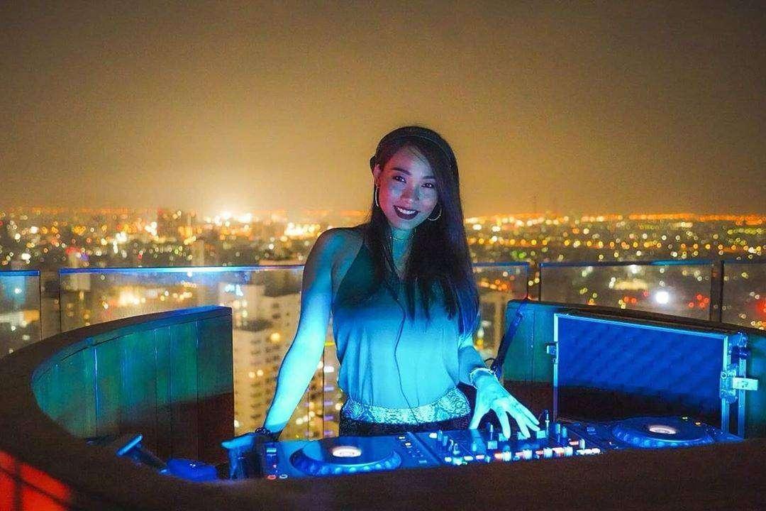 DJ Joyyly at Octave Rooftop Lounge & Bar
