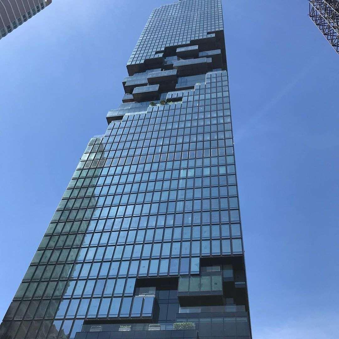 Het Mahanakhon gebouw of Pixel Tower in Bangkok