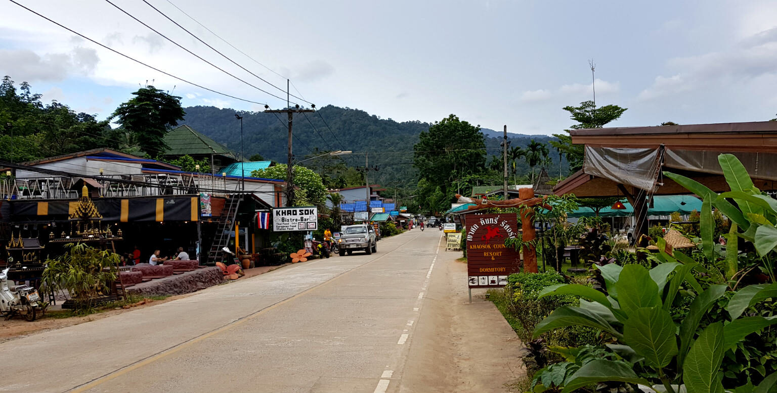 Travel agencies in village of Khao Sok