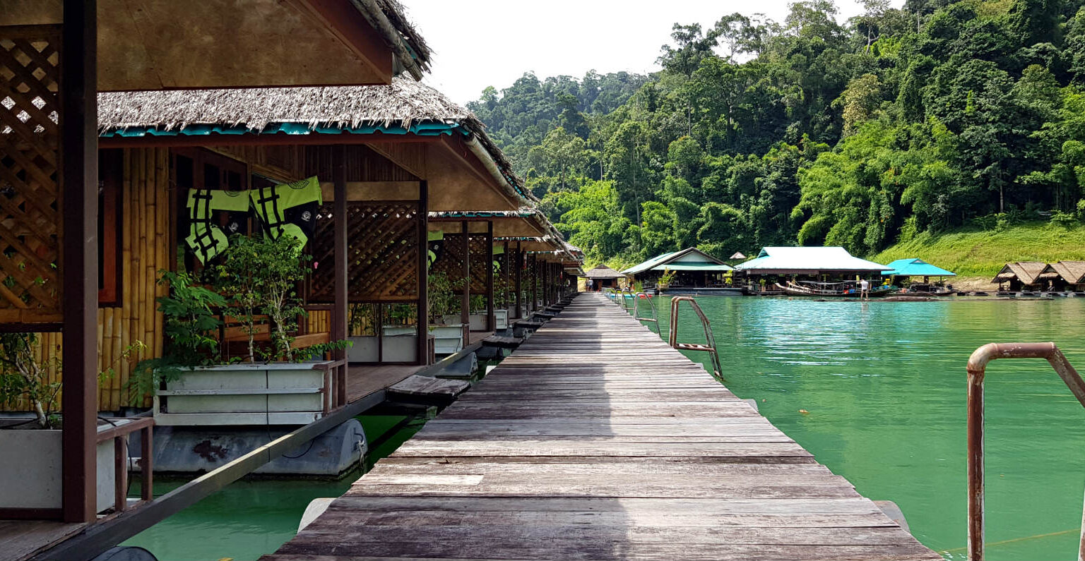 Cheow Lan Lake floating raft house  luxury