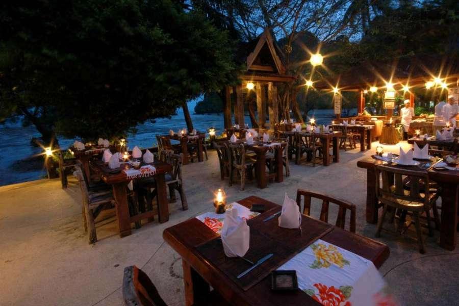 The restaurant of the Sunrise Tropical Resort