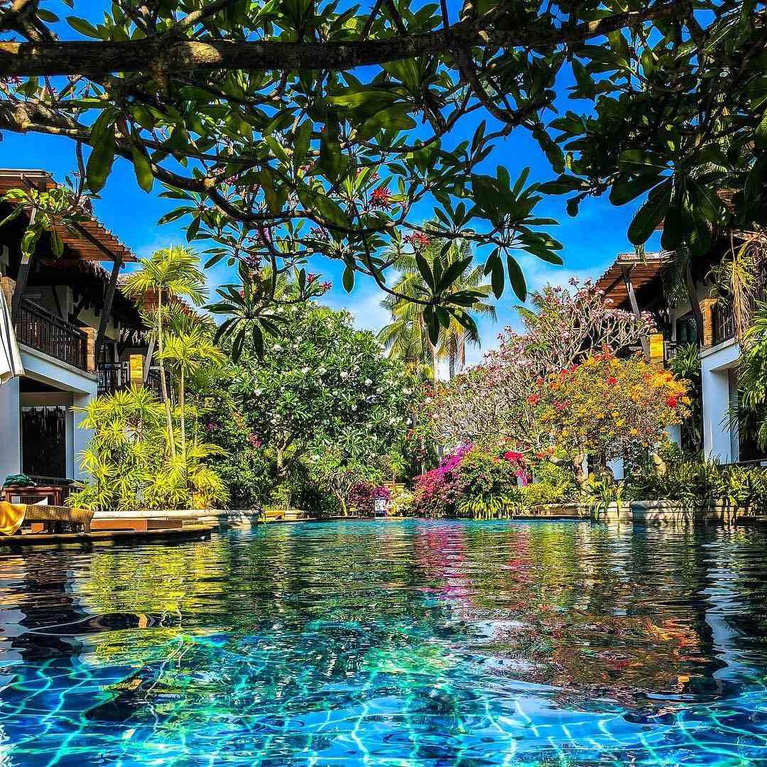 Het zwembad van Railay Village Resort