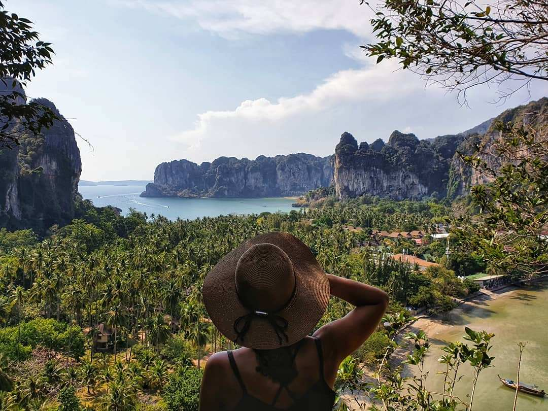 Uitzicht op Railay Eats vanaf the Princess Viewpoint