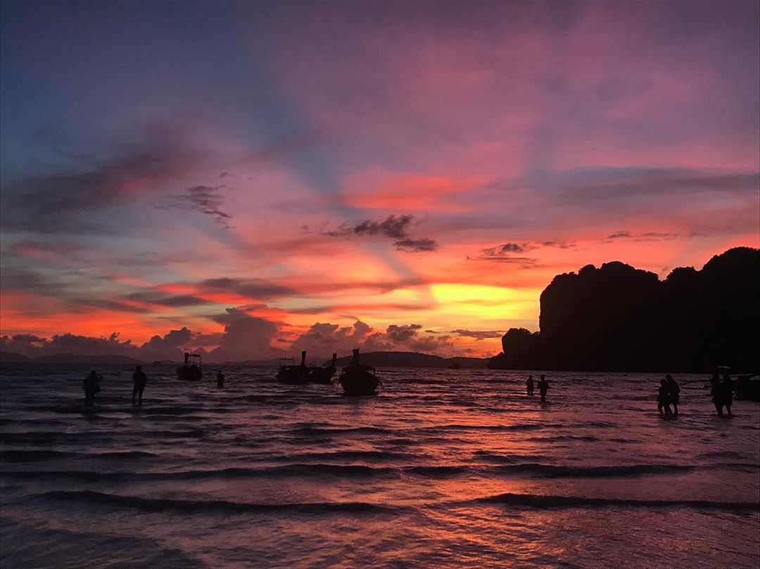 Zonsondergang op Krabi Railay Beach