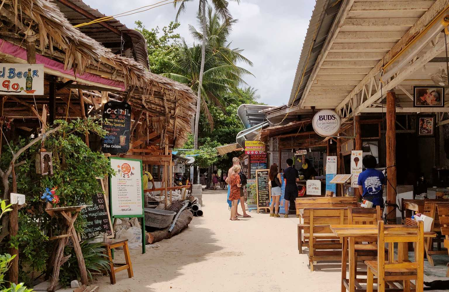Walking street with restaurants near Railay Village Resort, Krabi