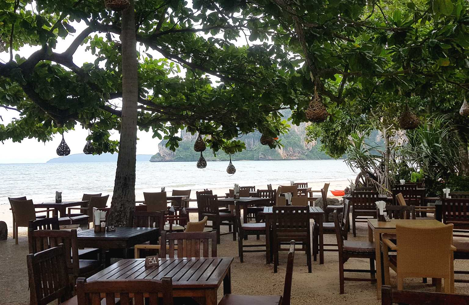 Restaurant aan zee, Railay West
