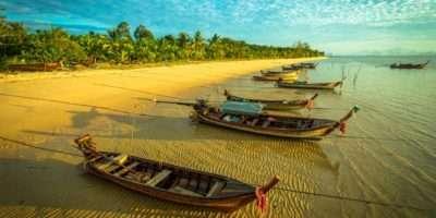 Koh Yao Yai, Longtailboten Aan Het Strand