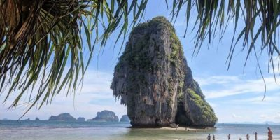 De Rots Van Phra Nang Beach Op Krabi Railay Beach