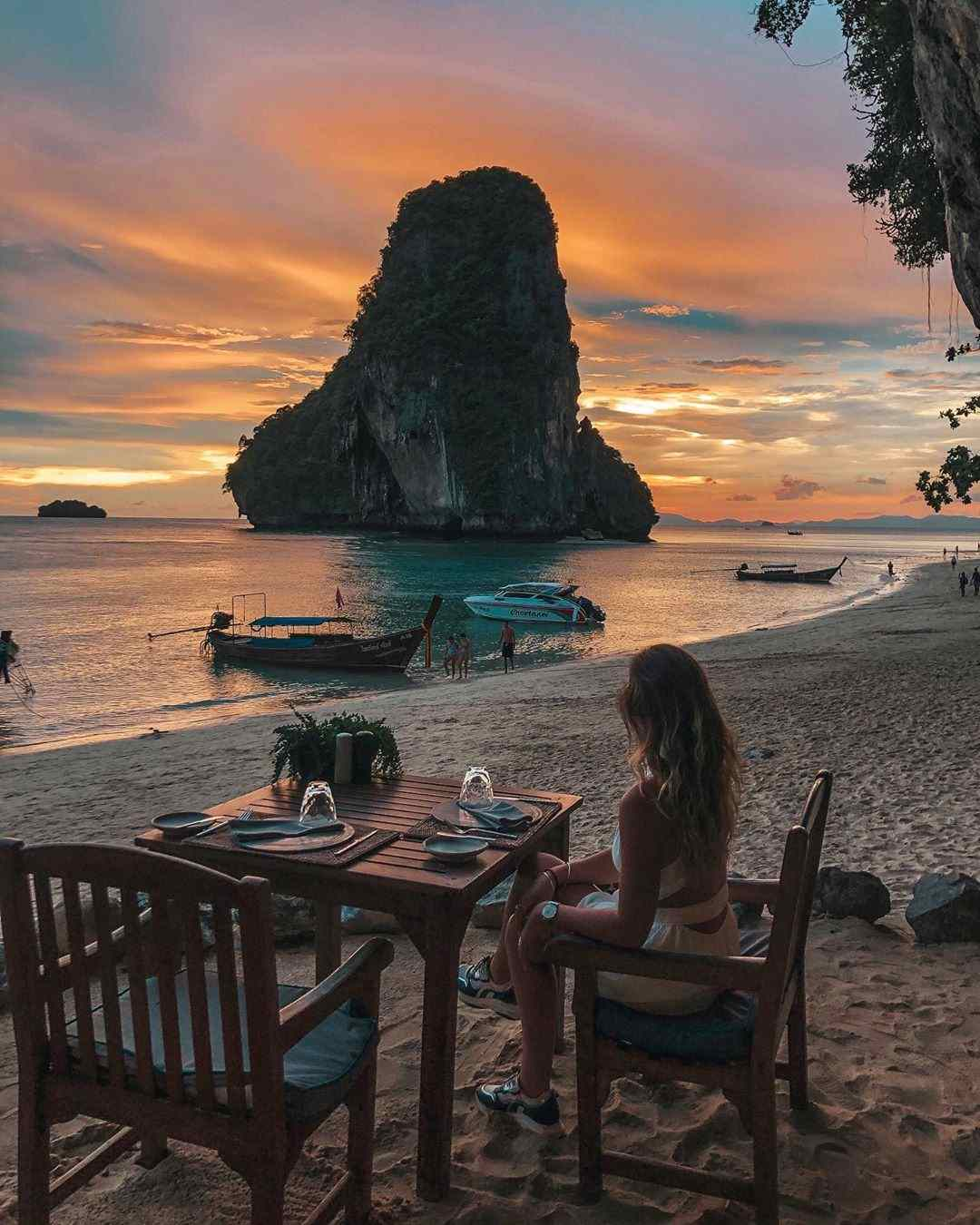 The Grotto Restaurant op Phra Nang Beach
